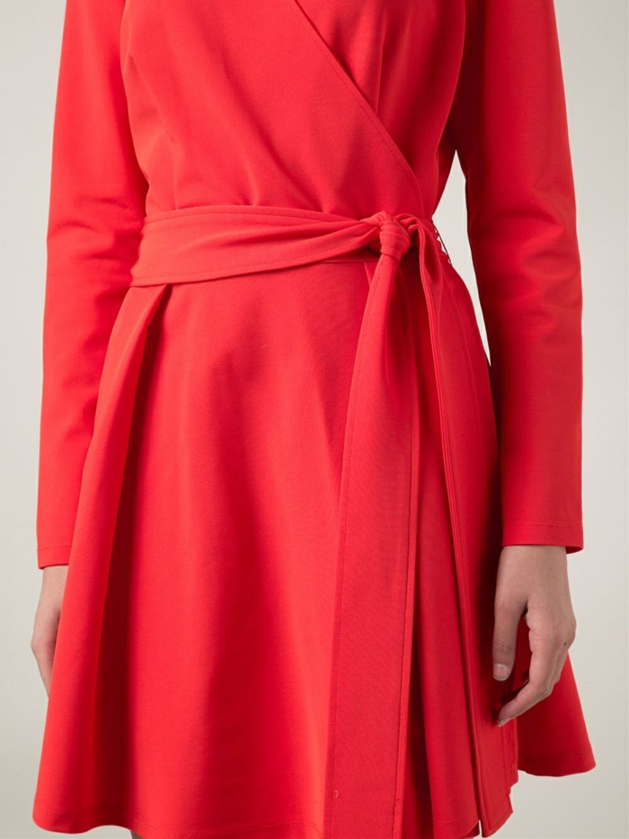 robe-portefeuille-rouge-detail-noeud-resized