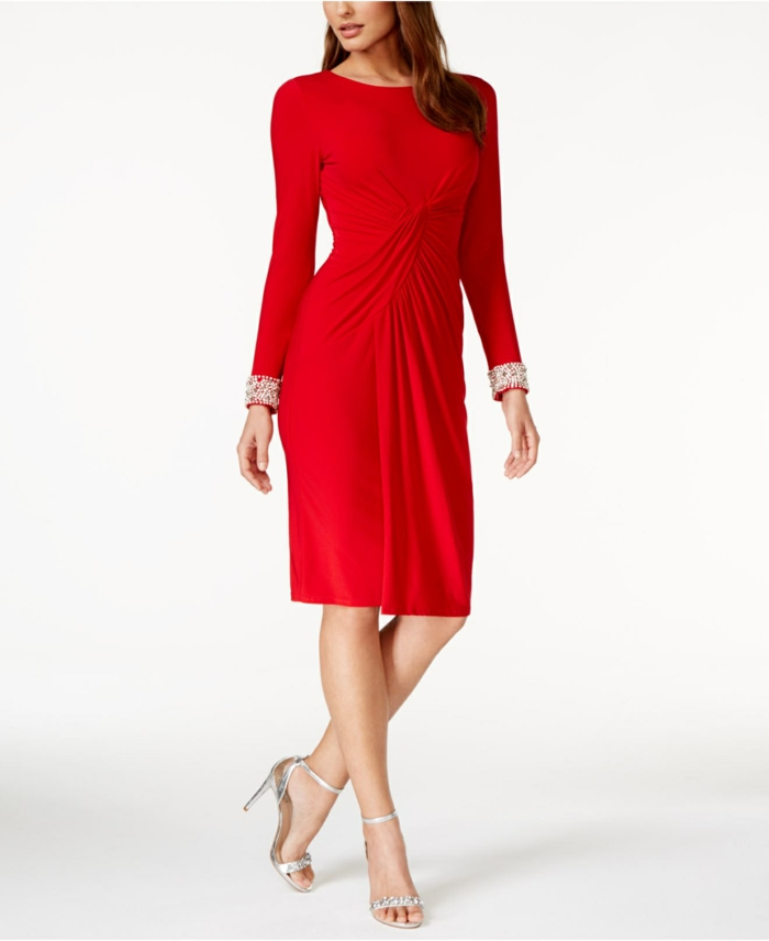 robe-portefeuille-rouge-grande-soiree-resized