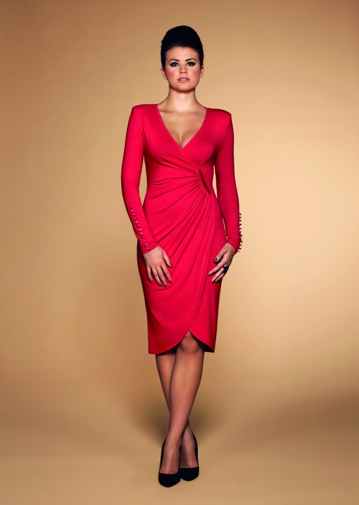 robe-portefeuille-rouge-soiree-resized