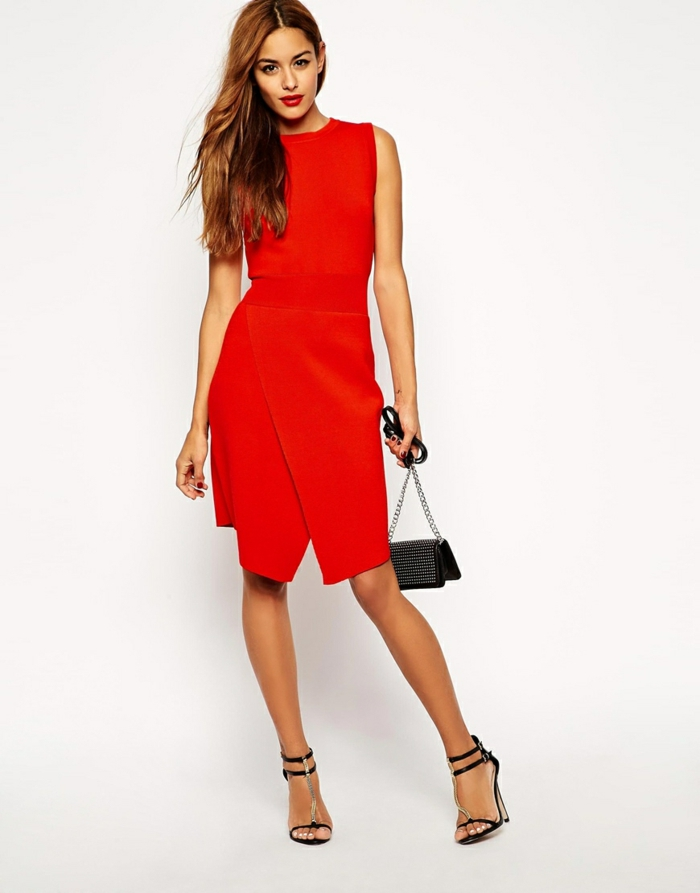 robe-portefeuille-rouge-style-et-haute-classe-resized