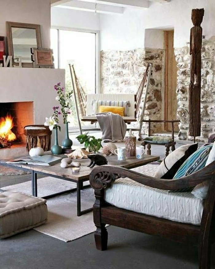 salon-cheminee-d-interieur-pierres-de-parement-meubles-de-salon-fleurs--resized