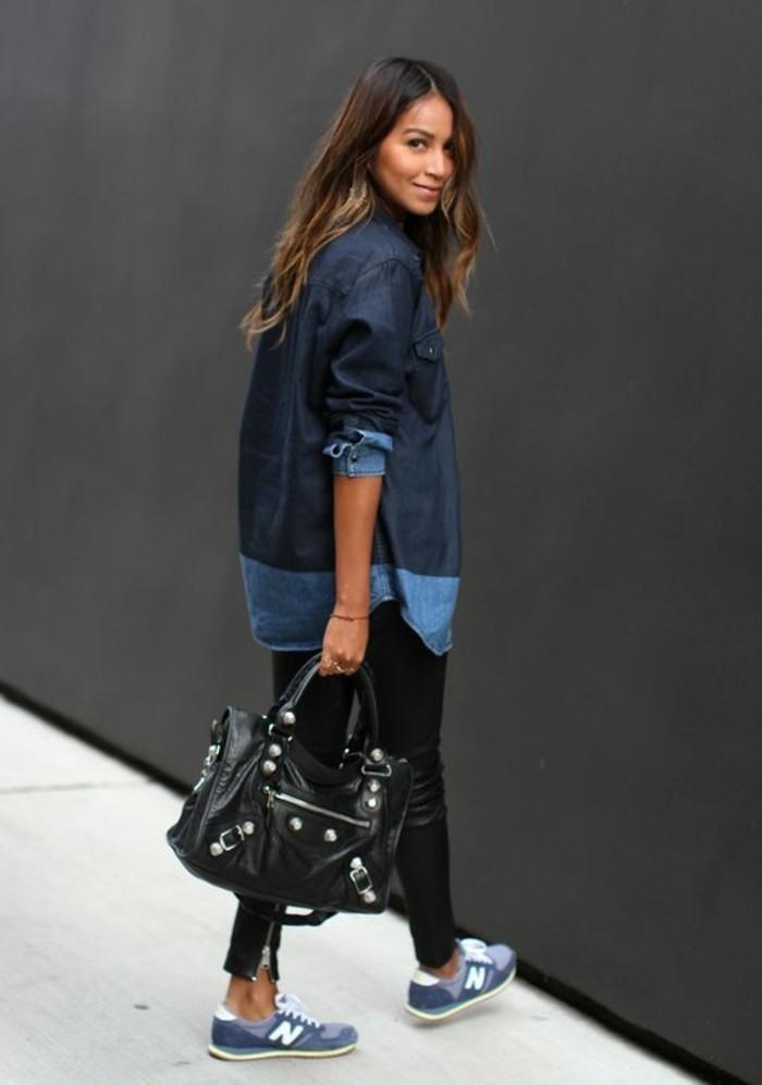 sneakers-bleu-foncé-femme-design-tendances-de-la-mode-pantalon-noir
