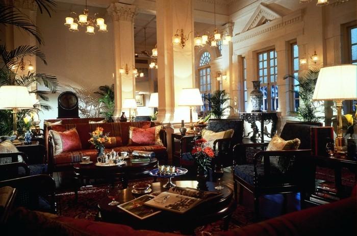 Design d 39 int rieur avec meubles exotiques 80 id e for Decoration interieur maison americaine