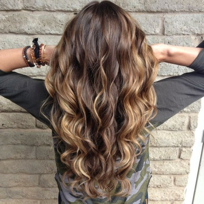 superbe,balayage,pour,brune,balayage,cheveux,courts,jolie