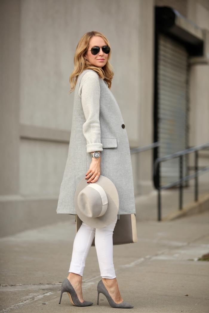 superbe-manteau-gris-pas-de-fourrure-sans-manche