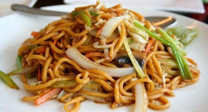 D lices culinaires la nourriture asiatique en 80 photos for Ustensile de cuisine asiatique