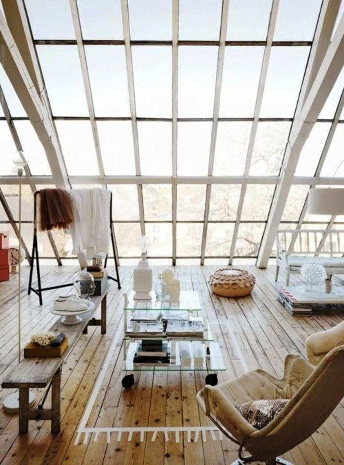 surelevation-maison-prix-amenagament-agrandissement-en-bois-et-verre-petit-salon-au-derniere-etage