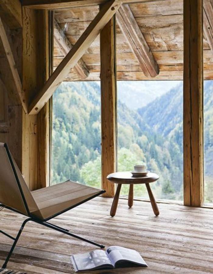 surelevation-maison-prix-amenagament-surelevation-en-bois-clair-sol-en-planchers-en-bois-clair-grande-fenetre