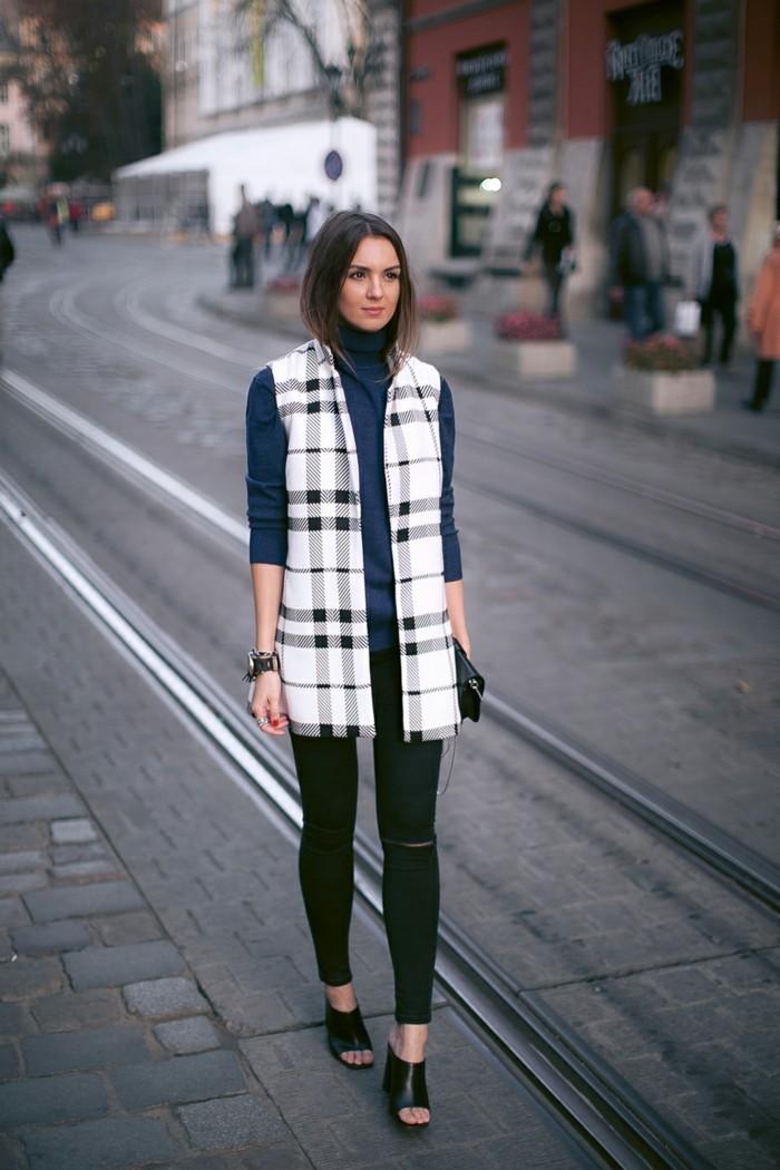 tenue-de-jour-avec-la-veste-legere-femme-en-carré