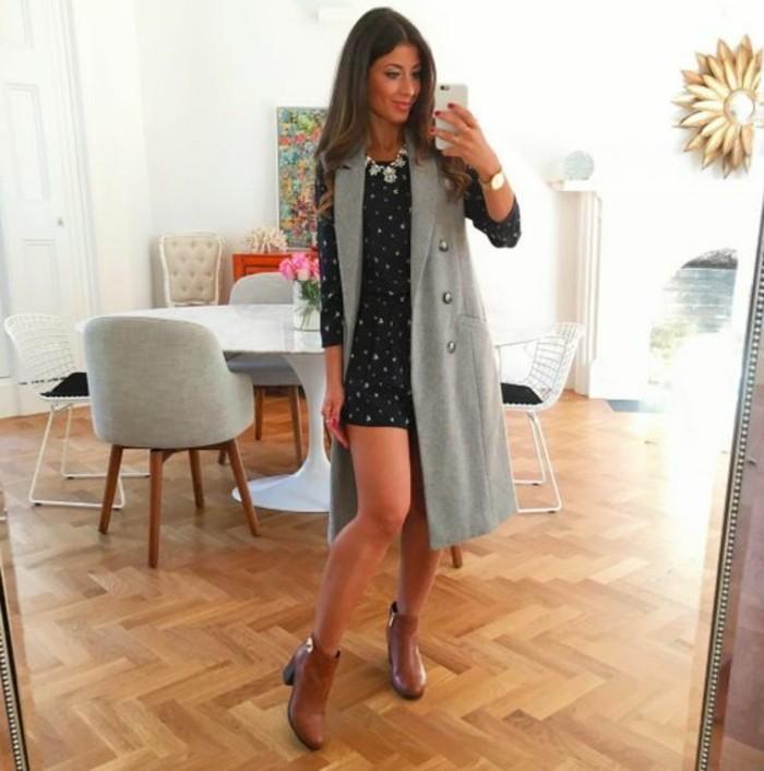 tenue-de-jour-avec-la-veste-legere-femme-gris-manteau-long
