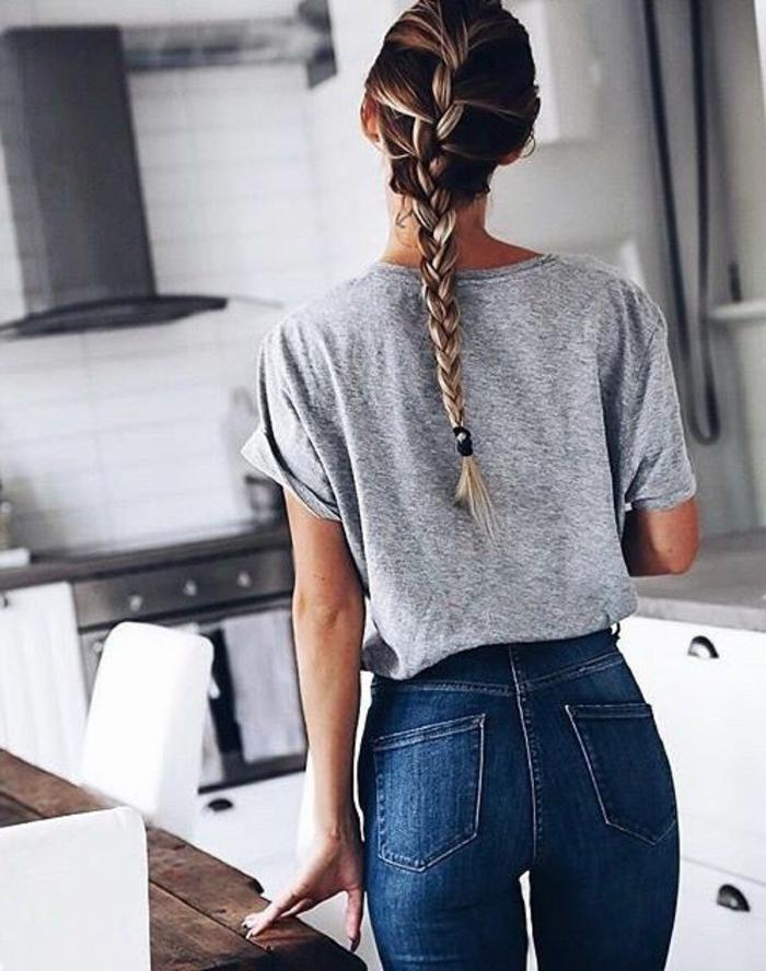 tresse-t-shirt-gris-denim-tendance-coiffure-2016-coiffure-d-été-en-tresse