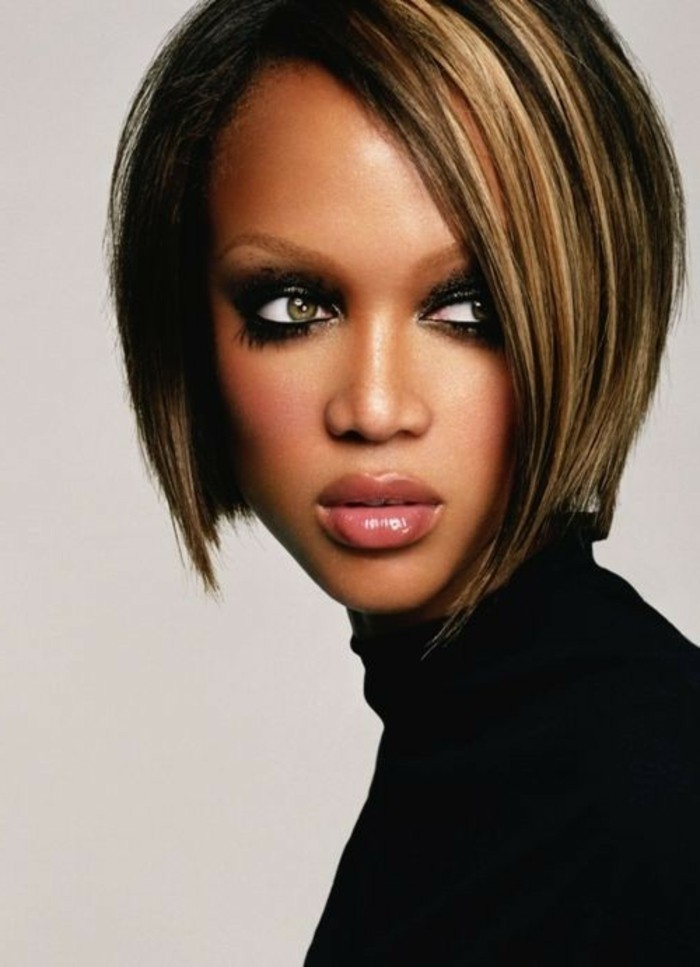 tyra-banks-modèle-coupe-de-cheveux-mi-long-short-bob