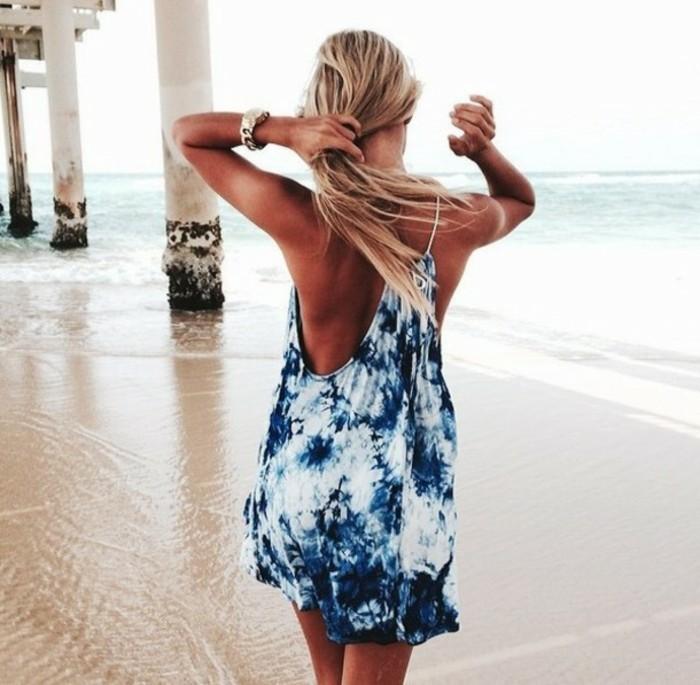 une-tunique-plage-robe-longue-plage-formidable-la-mer