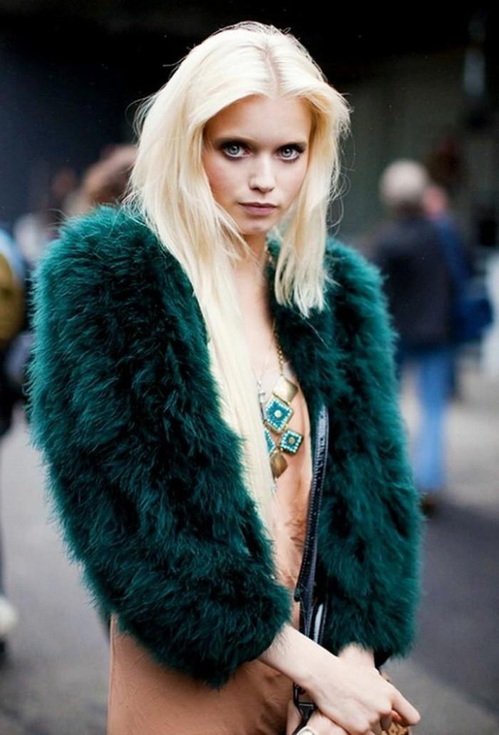 veste-fourrure-vert-olive-tendances-de-la-mode-robe-rose-pale-tendances-de-la-mode