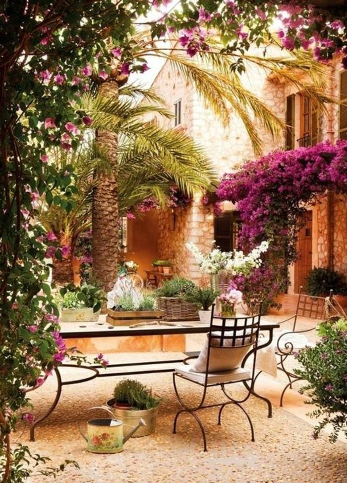 0-Courtyard-ile-de-majorque-quoi-visiter-a-palma-de-majorque-que-faire