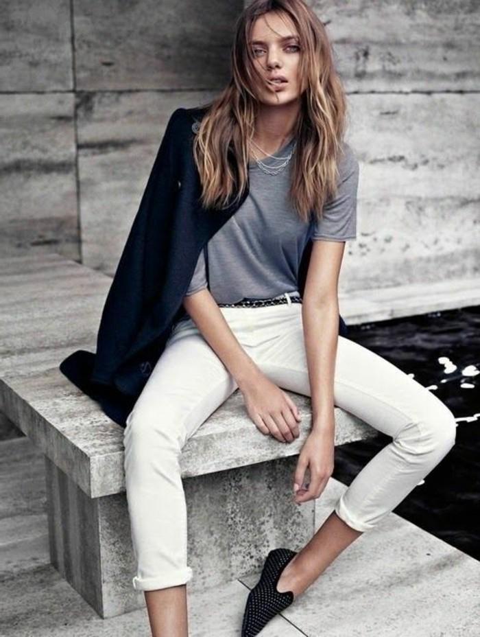 0-bien-s-habiller-femme-tendances-de-la-mode-femme-2016-jeans-beige-t-shirt-gris