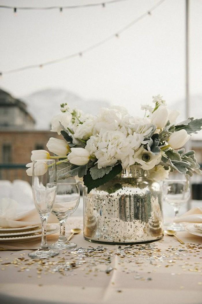 0-deco-de-table-pas-cher-centre-table-mariage-composition-florale-sur-la-table