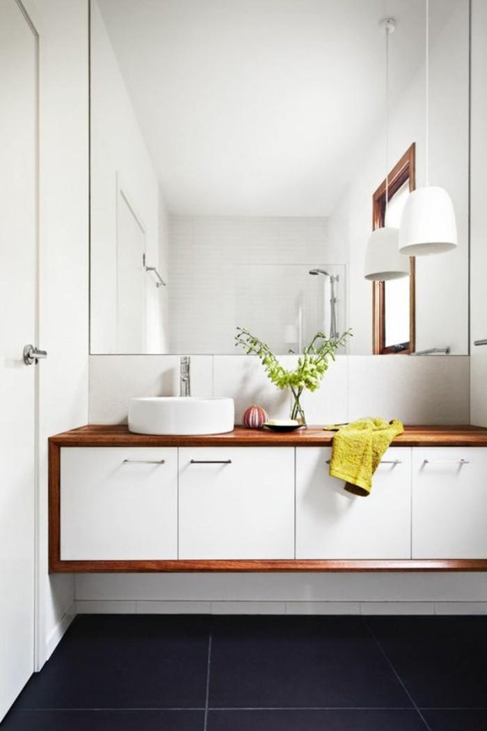0-model-de-salle-de-bain-à-l-italienne-meubles-en-bois-blanche-grande-miroir-mural