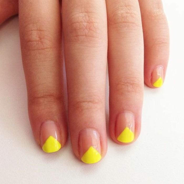 0-modele-d-onge-en-gel-jaune-idee-deco-ongles-faciles