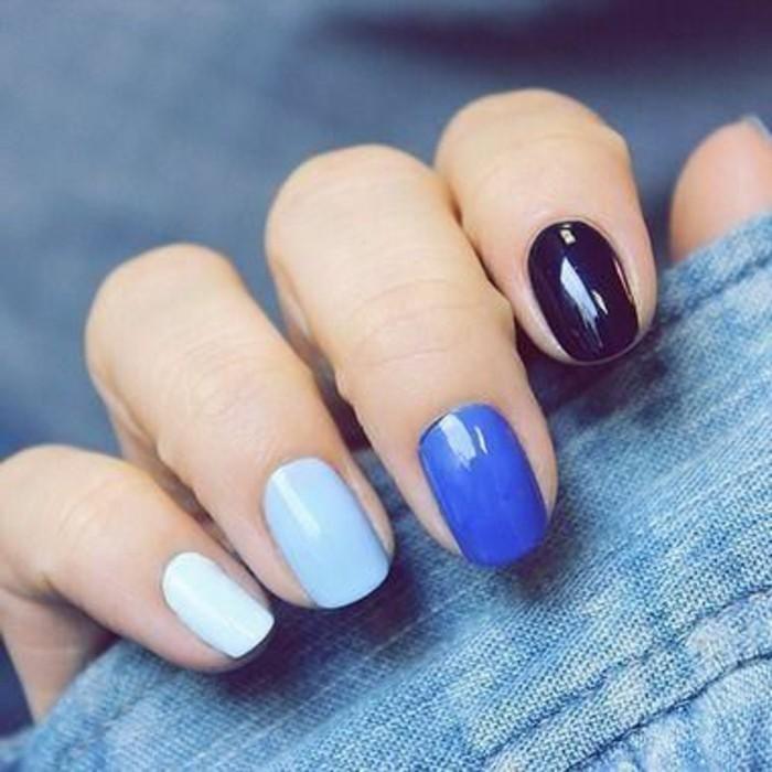 0-modele-d-ongle-en-gel-en-bleu-calir-bleu-foncé-deco-ongle-gel-bleu