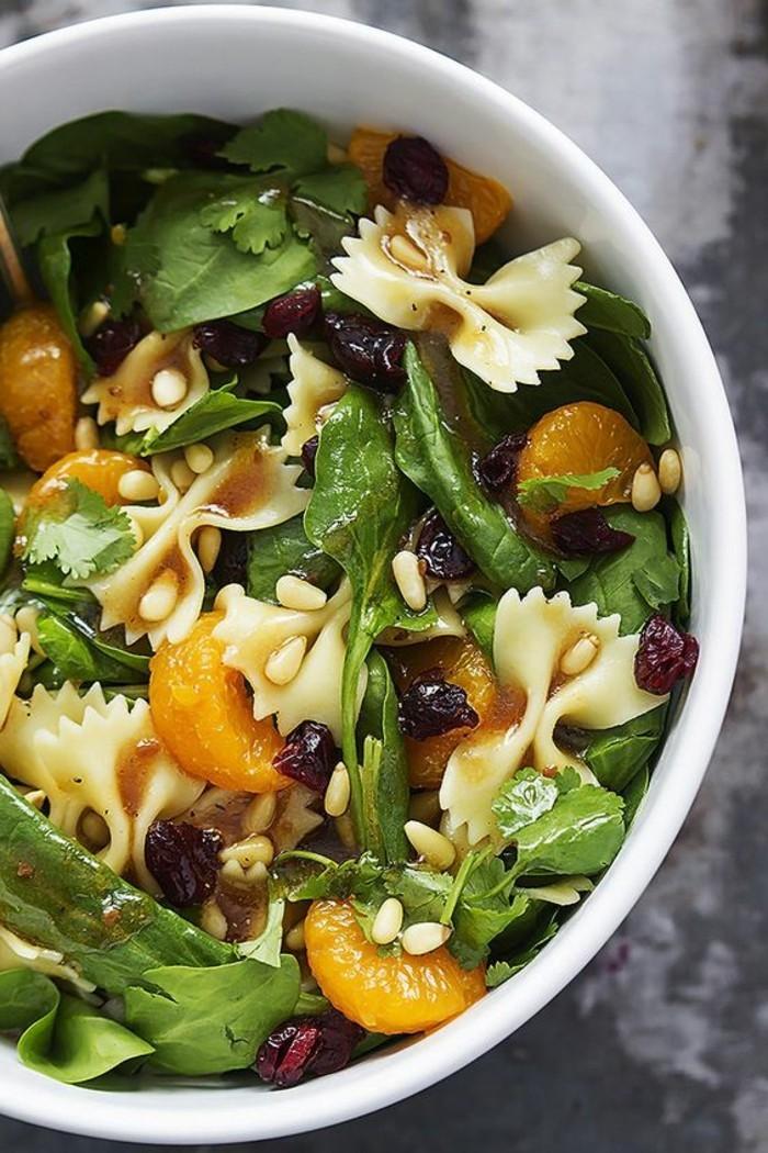 0-nos-idees-pour-manger-sainement-recette-spinache-pasta-recettes-saines-menus-équilibrés