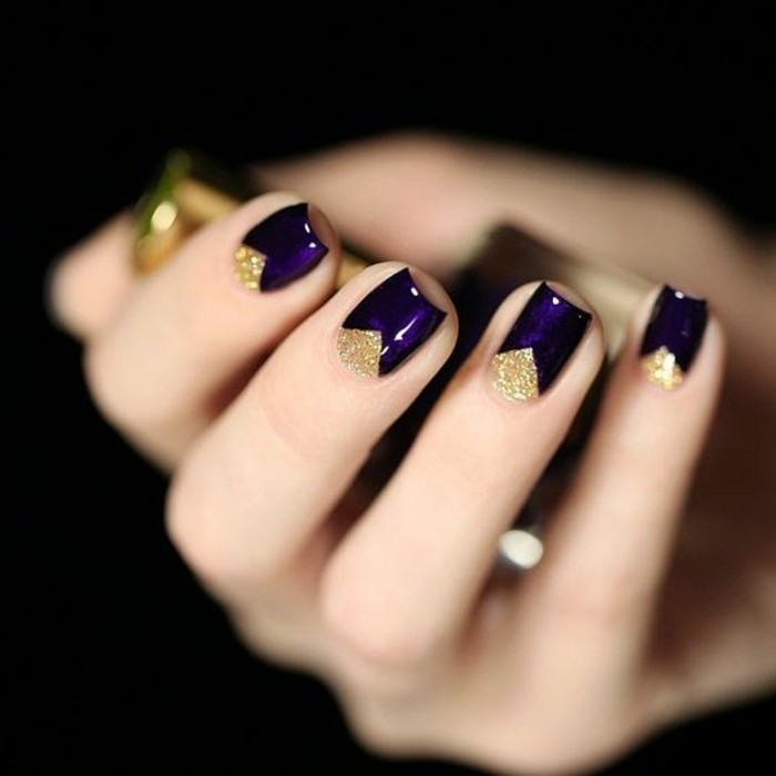 deco-facile-en-violette-foncé-et-or-deco-ongle-facile-modele-ongles ...