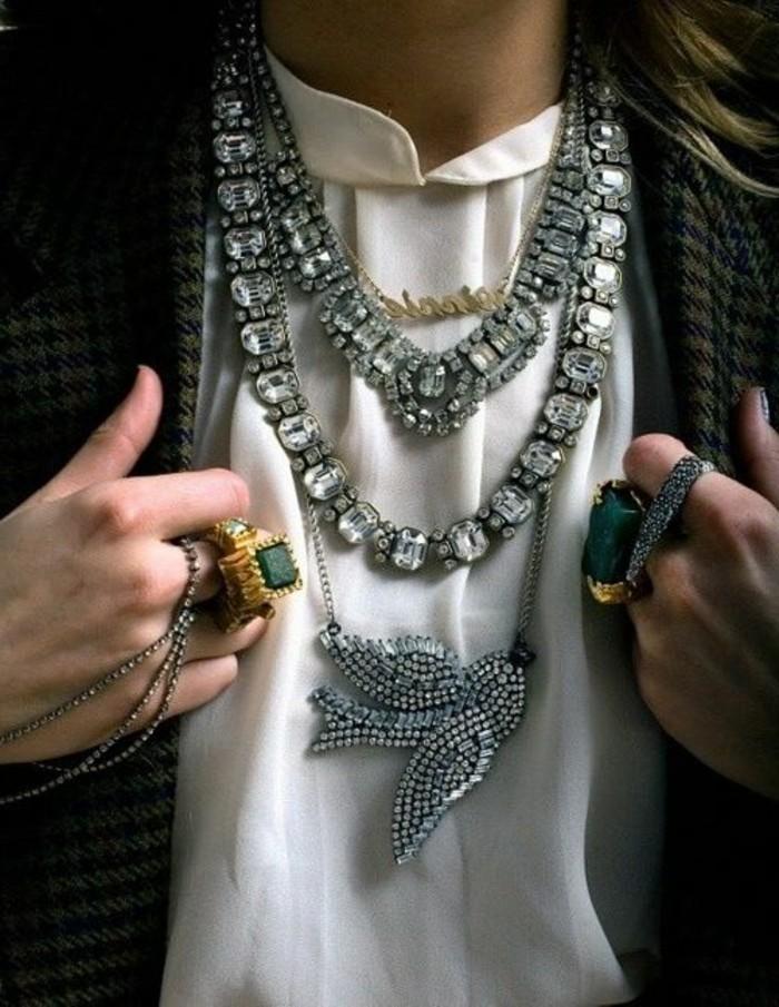 0-porter-avec-style-le-gros-collier-femme-pas-cher-chemise-blanche-bijoux-originaux