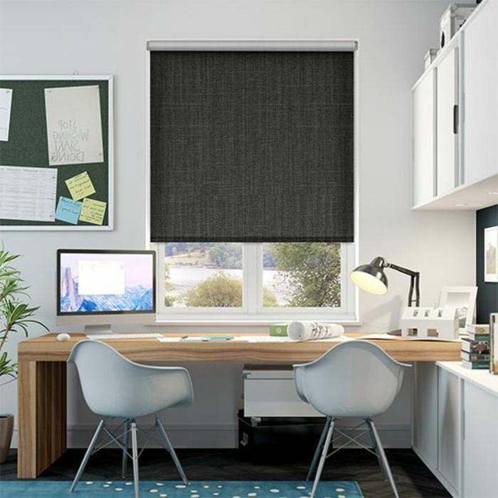 1-chaise-en-plastique-blanc-store-enrouleur-velux-meubles-bureau-idee-habillage-de-fenetre