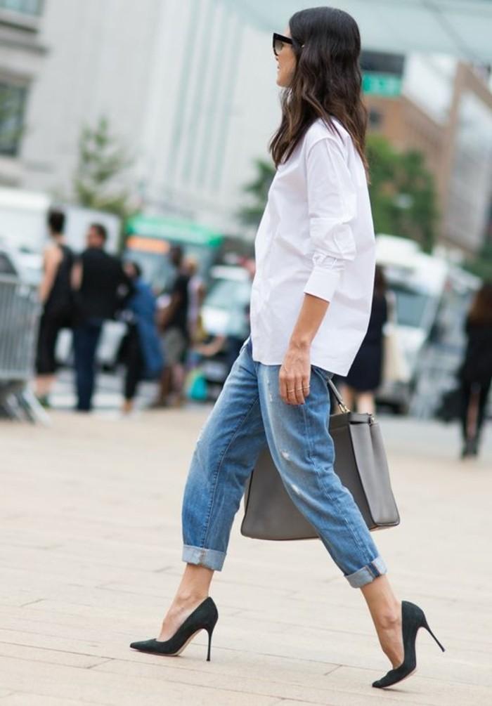 1-comment-s-habiller-classe-pour-2016-denim-boyfriend-bleu-clair-chemise-longue-blanche