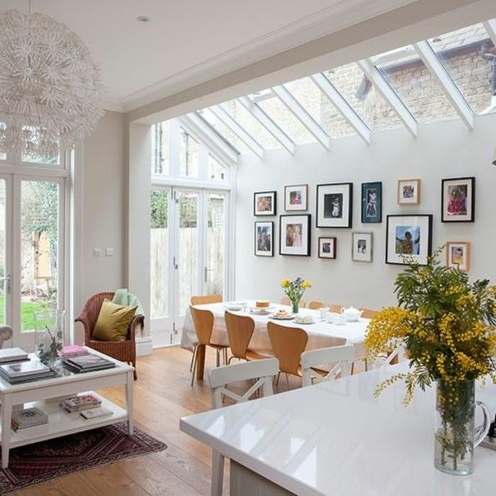 1-cuisine-avec-verrière-cuisine-blanche-ouverte-vers-le-salon-verriere-pas-cher-dans-la-cuisine-moderne