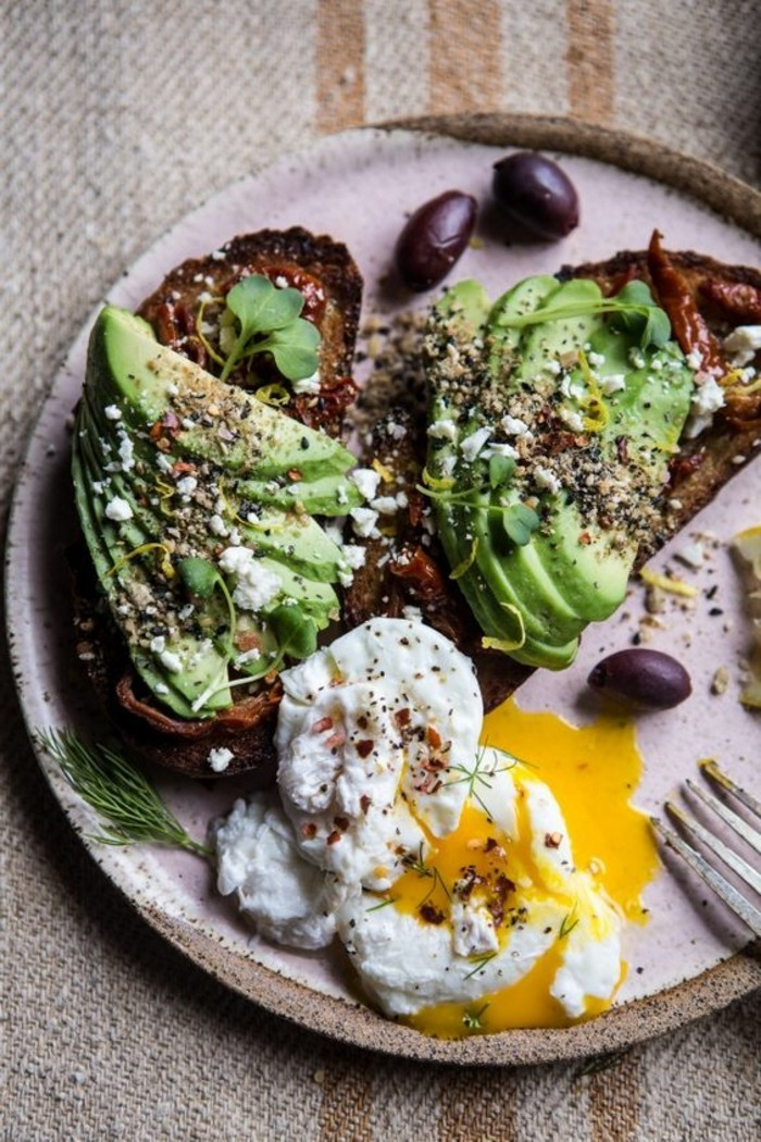 1-idee-repas-equilibre-menu-équilibré-pas-cher-originale-idee-pour-matin-repas