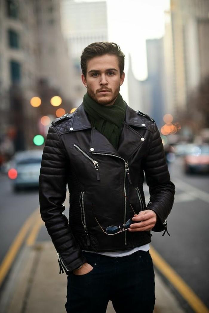 1-les-dernieres-tendances-chez-le-veste-cuir-homme-couleur-noir-lunettes-de-soleil