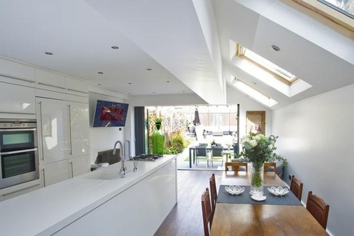 3-jolie-cuisine-sous-pente-en-verre-verriere-interieure-pas-cher-sur-le-toit
