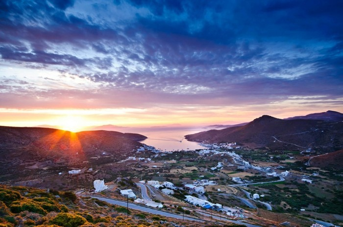 Amorgos-île-voyage-en-grece-pas-cher-sejour-mykonos