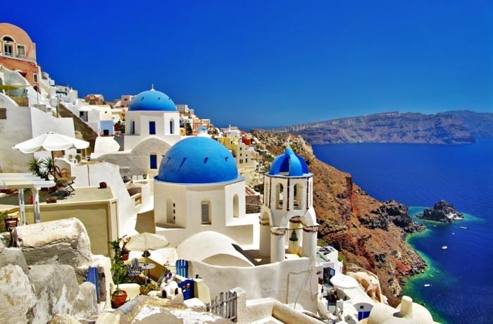 Santorini-voyage-en-grèce-tout-inclus-partir-pas-chere