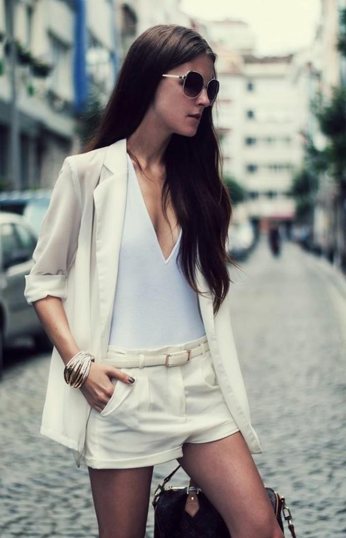 admirable-tenue-chic-avec-short-fluide-femme-une-idée