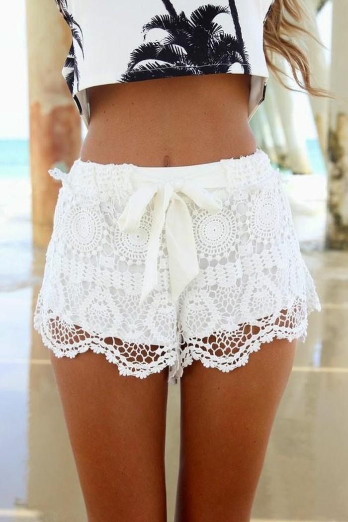 adorable-tenue-très-chic-avec-short-fluide-femme-plage