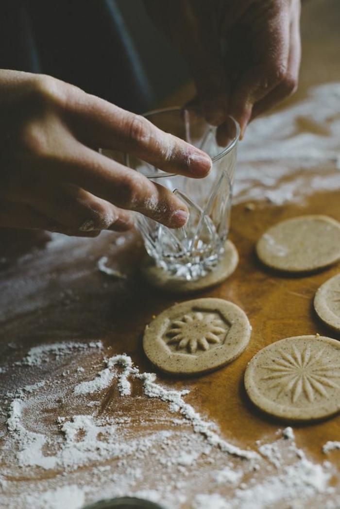 anniversaire-faire-des-biscuits-sables-beau-les-cookies