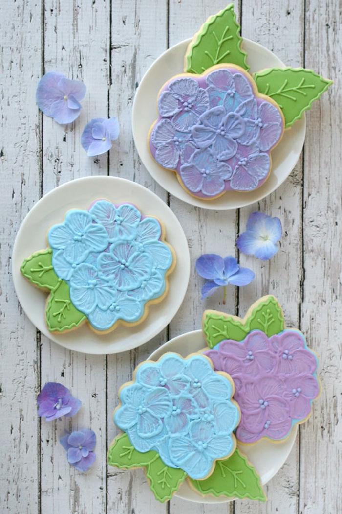 anniversaire-gâteau-à-faire-des-biscuits-sables-beau