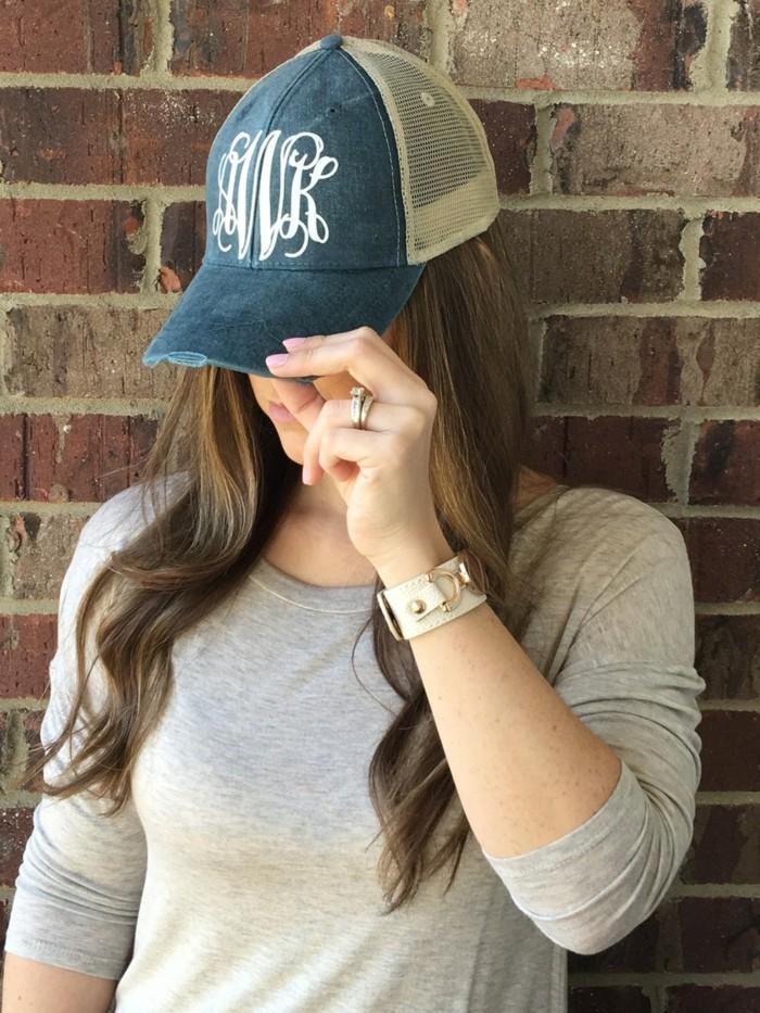 beau-casquette-personnalisée-accessoiriser-initiales