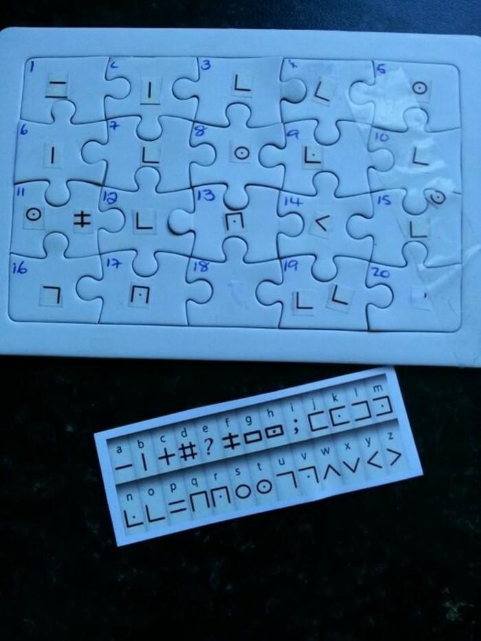 belle-carte-invitation-anniversaire-gratuite-puzzle-carte-d-invitation-anniversaire