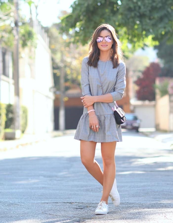 belle-idée-chaussure-blanches-idée-tenue-casuelle