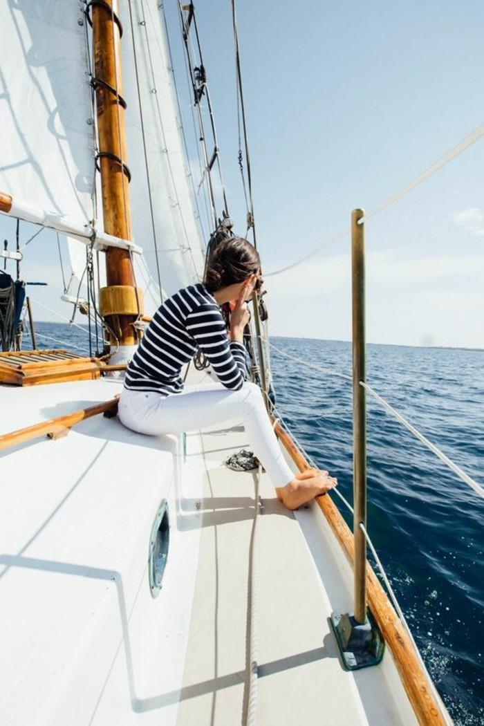 belle-idée-jeans-blanc-femme-idée-tenue-cool-femme