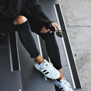 Porter des chaussures blanches quotidiennement?