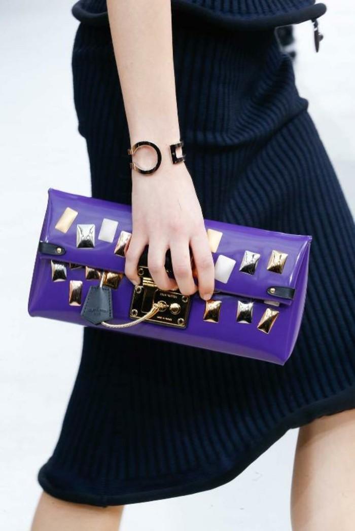 bijoux-tendance-assortis-au-sac-extravagant-en-couleur-viola-resized
