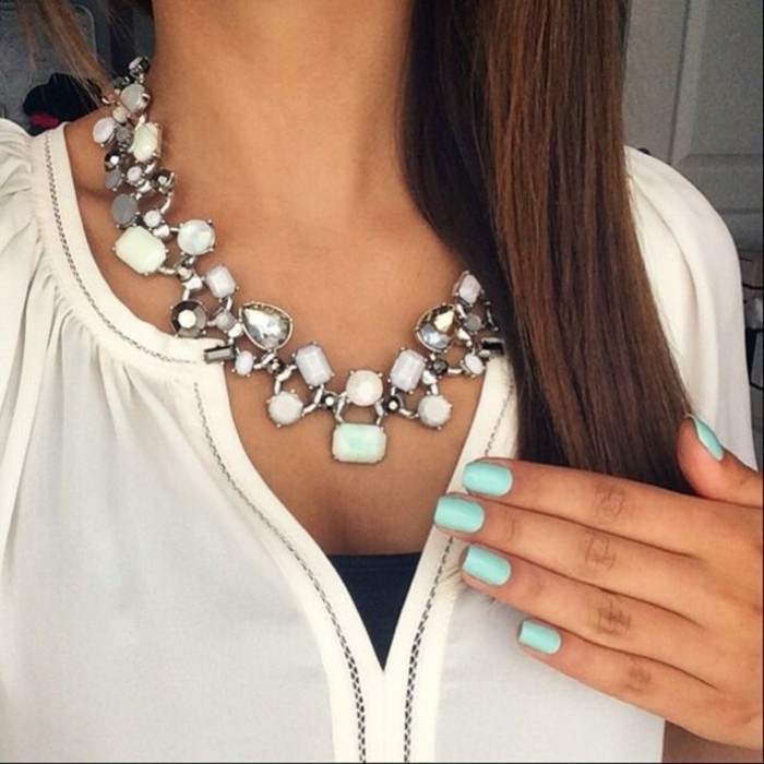 bijoux-tendance-plusieurs-types-de-pierres-resized