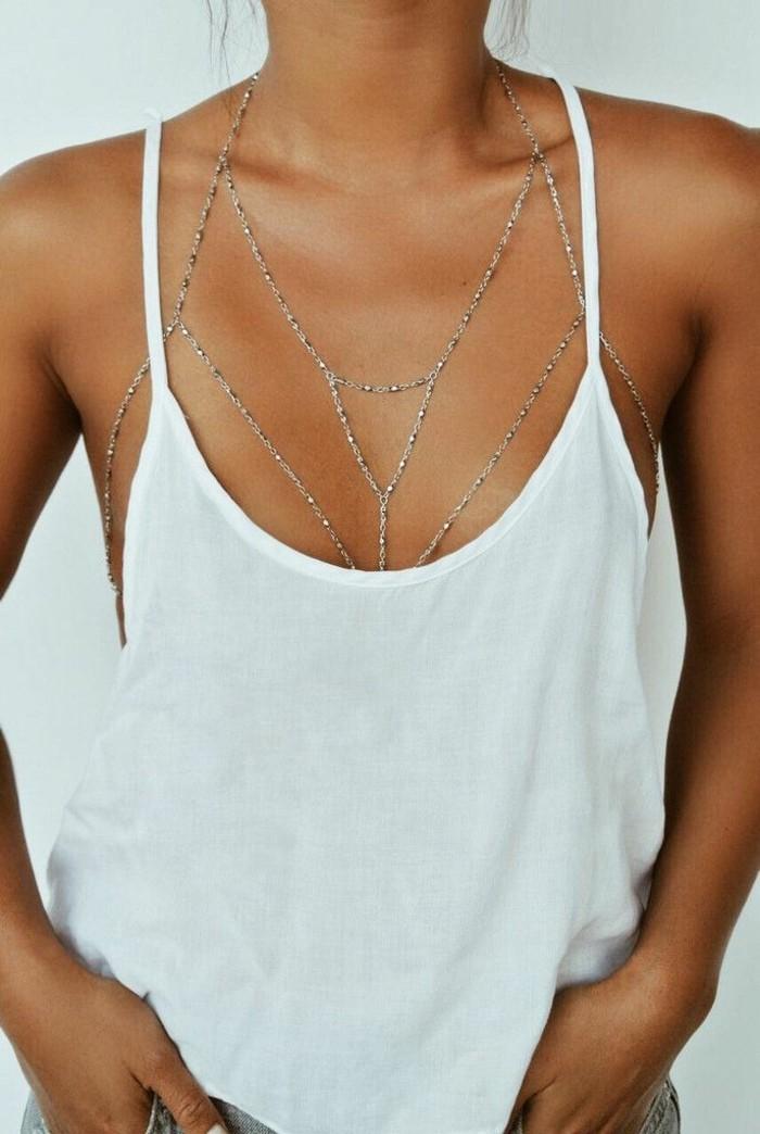 bijoux-tendance-pour-le-corps-chainettes-fines-resized