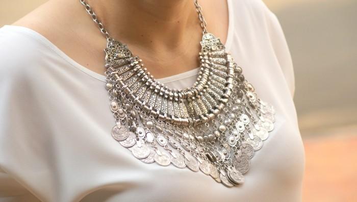 bijoux-tendance-pour-le-cou-resized