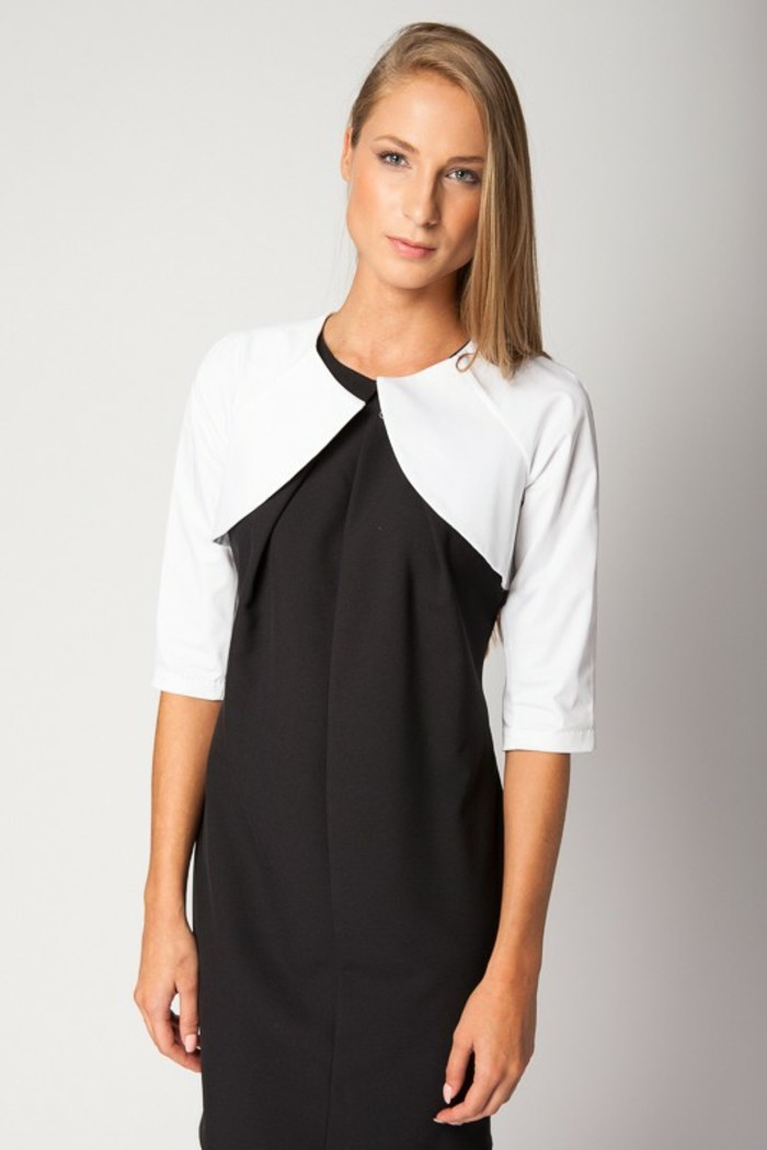 bolero-femme-blanc-couvre-epaules-porte-avec-une-robe-noire-resized
