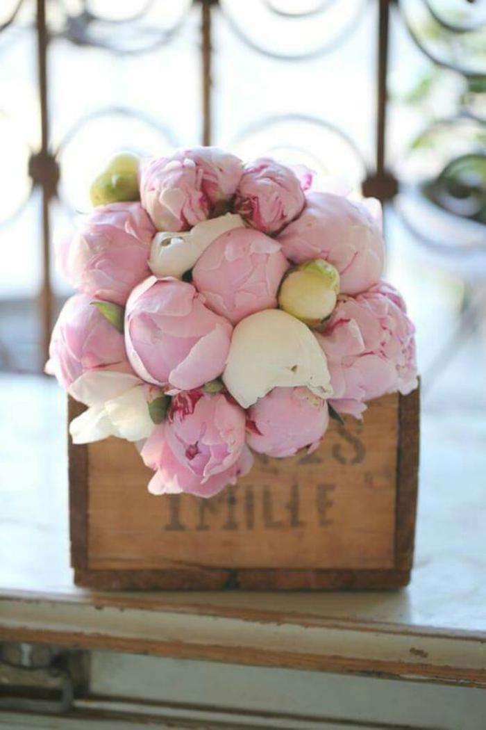 Le bouquet de pivoines en 48 photos magnifiques for Bouquet de fleurs dans une boite